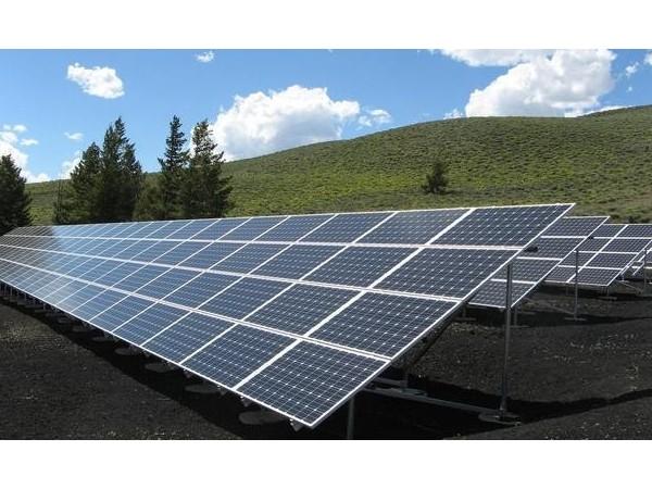 福建石狮:首个综合能源光伏发电项目完成并网发电