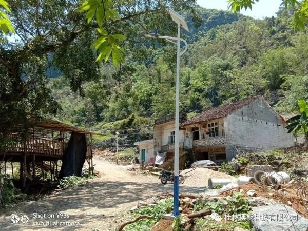 太阳能路灯助力河池新农村 成为助力新方式