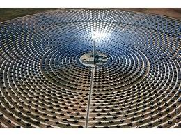 """太阳能光伏发电领域的""""光伏树""""是什么,你知道吗?"""