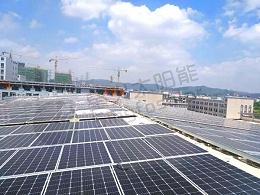 研究发现:太阳能电池板的阴影促进了农作物的生长