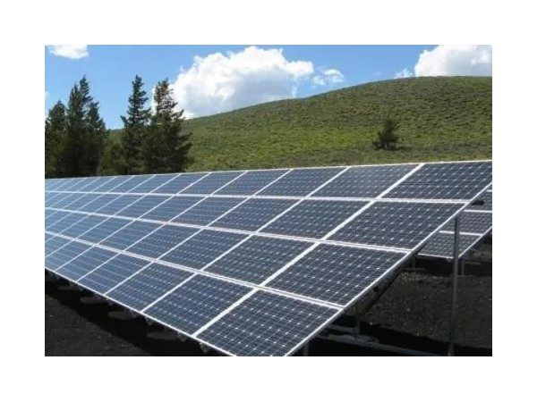 光伏电站项目用地的取得方式及用地合同效力认定