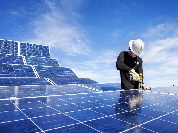 发电量可提升3.08%,天合光能跟踪支架智能算法