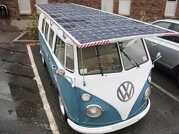 异想天开!在车顶安装太阳能光伏板给车充电,可行吗?